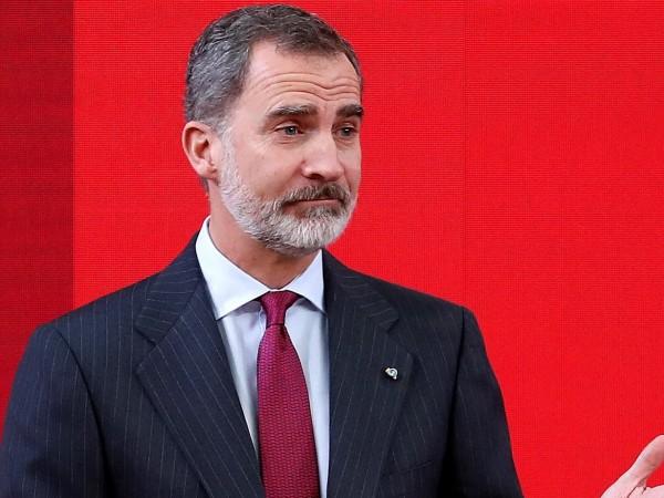 Испанският крал Фелипе Шести реши да се откаже от наследството,