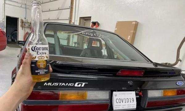 След хапка и пийка – американец смени номера си с COV1D19