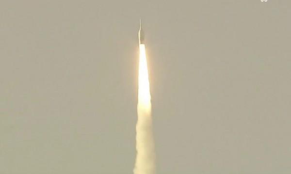 НАСА прекрати работа по ракетата за лунната си мисия