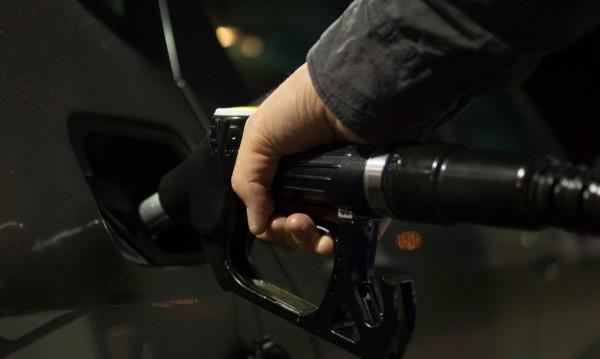 В САЩ: Бензинът на цената на водата