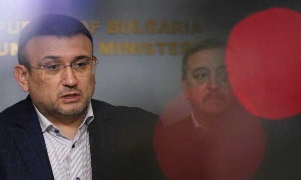 Маринов: Всеки ден се увеличават сигналите за неспазвана карантина