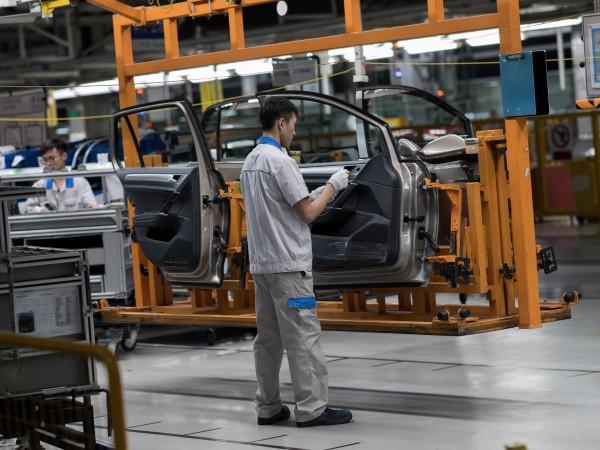 Автомобилното производство по цял свят бе блокирано заради епидемията от