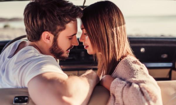 7 вида целувки, които се харесват на мъжете
