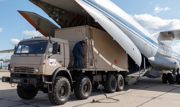 Русия с мащабна помощ за Италия срещу COVID-19