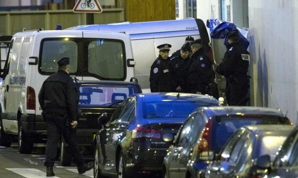Отлагат делото срещу атентаторите в Париж от 2015 г.
