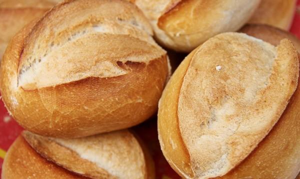 Ахмед с хляба: Героят на възрастните хора в Люляково