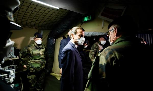 Военна операция във Франция в подкрепа на населението