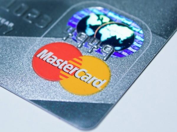 Mastercard увеличава лимита за безконтактни плащания в 29 държави в
