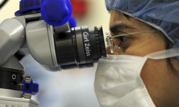 Пандемията вкара в кошмар пациенти, чакащи трансплантация на стволови клетки