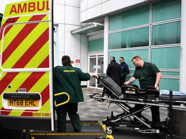 Държавните болници в Лондон са принудени да се справят с