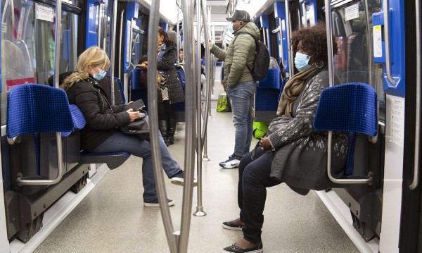 Швейцария започва да събира данни за придвижването на хората