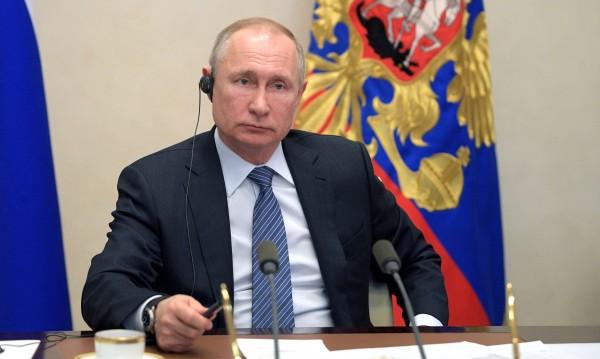Заради COVID-19: Путин поиска мораториум върху санкциите срещу Русия