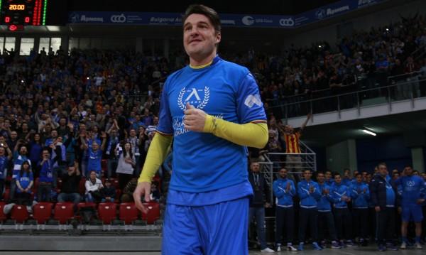 Йовов намекна: Тотото става спонсор на Левски!