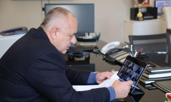 Борисов говори с Меркел, тя поиска защитни средства...