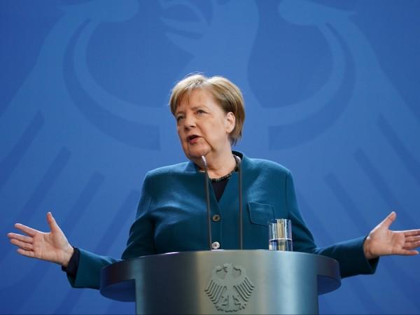 Германският канцлер Ангела Меркел благодари на сънародниците си, че спазват