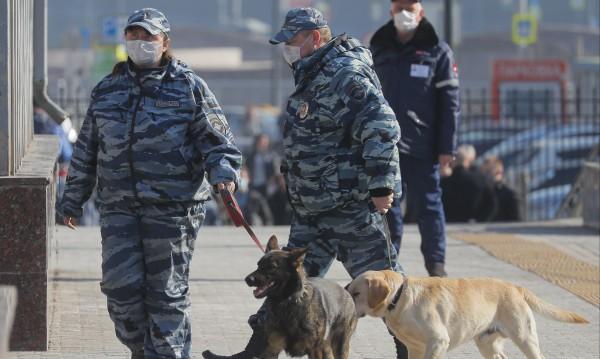 Русия затваря изцяло границите си заради COVID-19