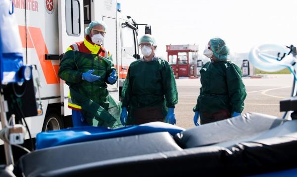 Броят на жертвите на коронавируса в света надхвърли 30 000 души