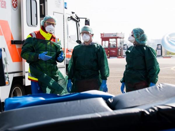 Броят на жертвите на коронавируса в света надхвърли 30 000