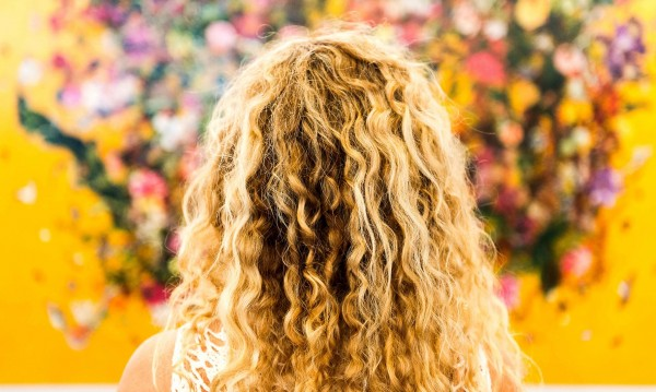 В изолацията: Как да поддържате боядисаната коса?