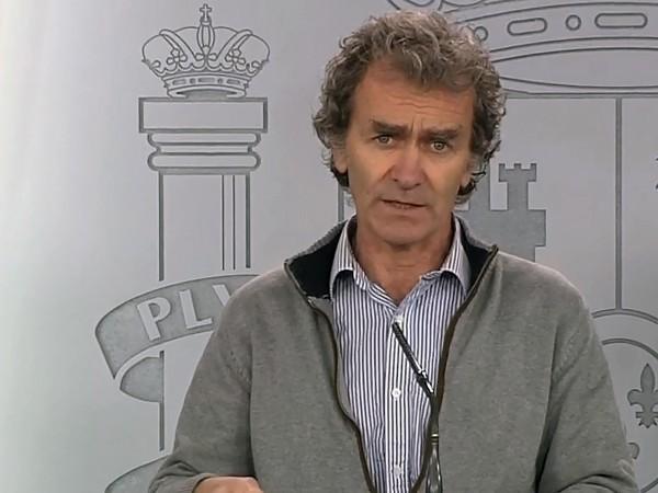 Шефът на испанския здравен кризисен щаб Фернандо Симон, който ръководи