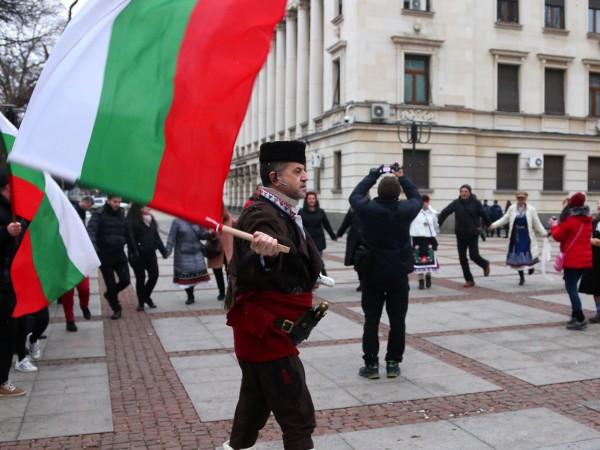 Министерството на образованието и науката (МОН) и Българското национално радио