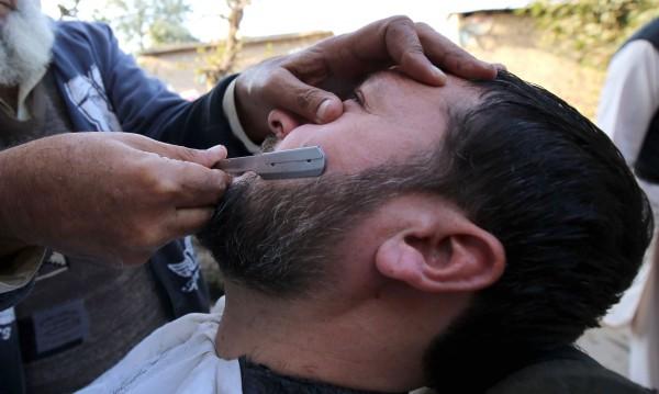 Мустаците и брадите – резервоар ли са за коронавируса?