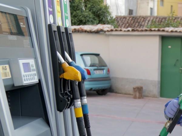 Петролът e напът да изпрати най-лошото си тримесечие в историята