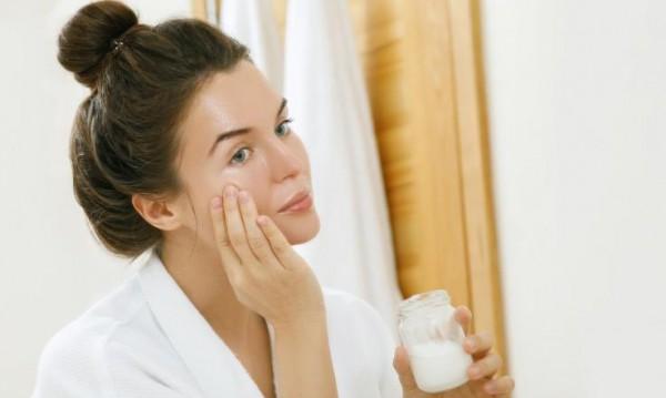 По-здрава кожа по време на изолация - за какво да внимавате?