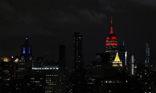 Ню Йорк пуска 900 затворници с леки присъди