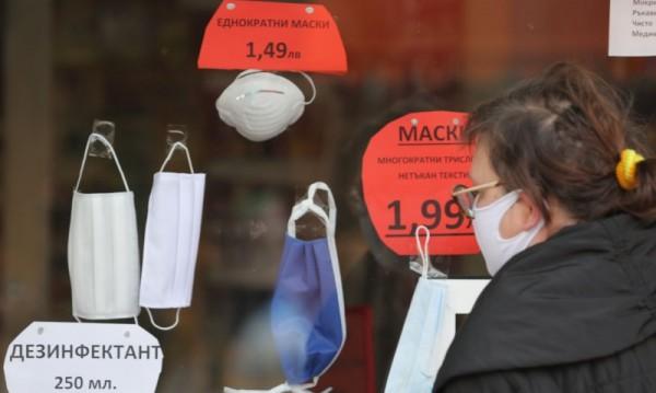 Масови проверки на магазините за левче и железариите в София