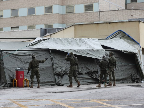 Испания отчете пореден рекорд с 864 починали за денонощие от