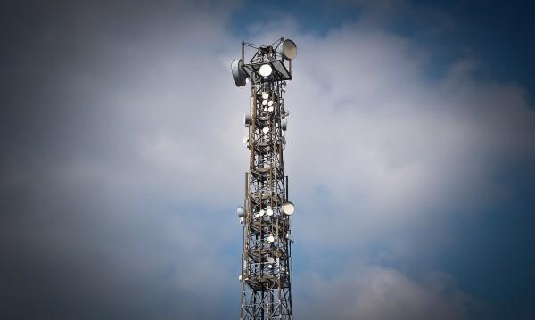 Не, 5G мрежата няма да ви зарази с COVID-19