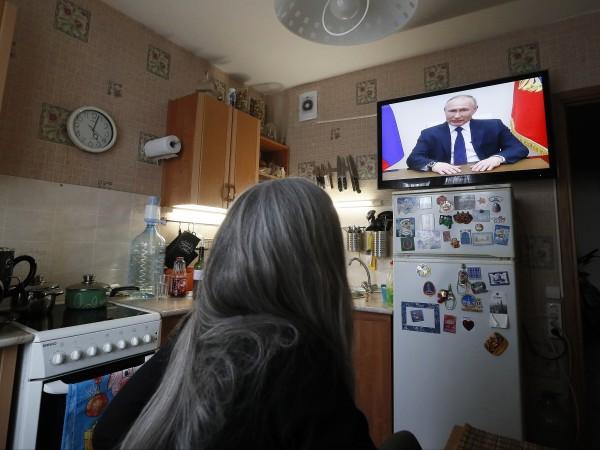 Април месец няма да бъде работен за руснаците, но заплатите