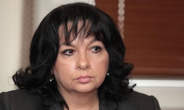 Работодателите искат оставката на Теменужка Петкова