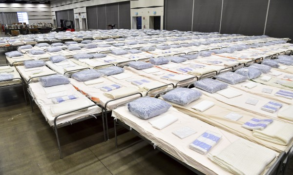 Швеция в готовност за хиляди смъртни случаи от новия COVID-19