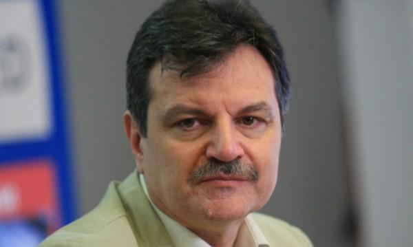 Д-р Симидчиев: Ако мерките се нарушат сега, заразените ще скочат много