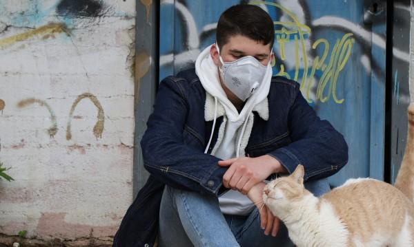 СЗО: Все повече млади хора заболяват от коронавируса