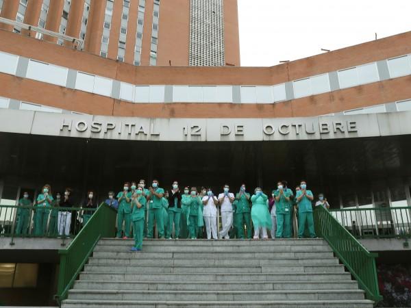 За последните 24 часа в Испания са починали още 674