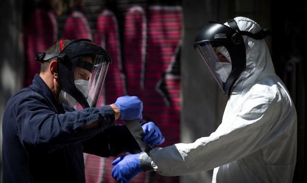 Над 1 200 000 души са болни от COVID-19, в много страни има спад на заразените