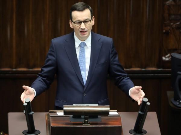Полша все още се намира в началото на борбата си