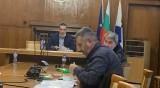 Кметът на Бургас алармира, че свършват тестовете за вируса