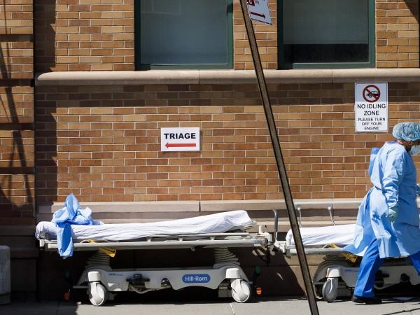 В Съединените щати броят на починалите от коронавируса надмина 10