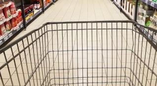 В кризата: Задължават веригите да продават родни храни