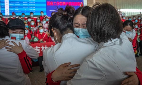 Българин в Пекин: Още сме далеч от нормалния си ритъм