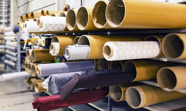 Шивачки от Дупница отказват да работят заради орязани заплати