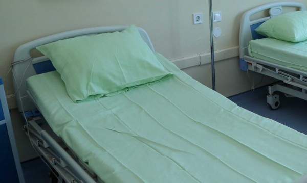 Варненка почина, пребита от приятеля си. Тествали я за COVID-19