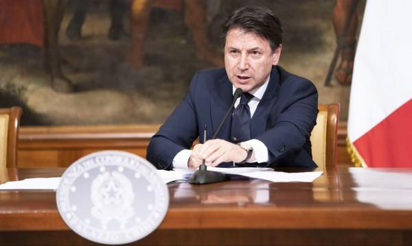 Италия смята за обидни намеците, че Русия помага с користни цели