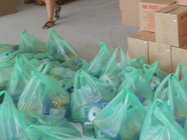 70 семейства от търговищкото село Буховци ще получат хранителни пакети.