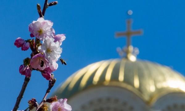 Без паника за Великден, дезинфектират около църквите