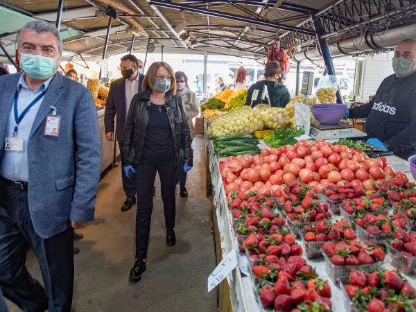 Пет акта са съставени на пазарите в София за последната